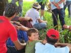Muitas crianças e adolescentes no dia de campo em Derrubadas.