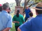 Técnico agrícola Carlos Kirst, da Emater/RS-Ascar, durante dia de campo.
