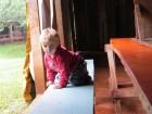 Filho de agricultores brinca durante Encontro da Rede Leite.